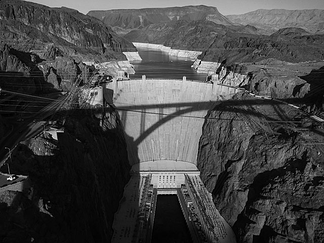 Photo of Hoover Dam after Photoshopping